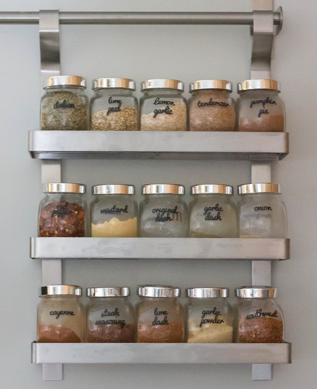 Organizing kitchen spices i heart planners for Ikea grundtal spice rack