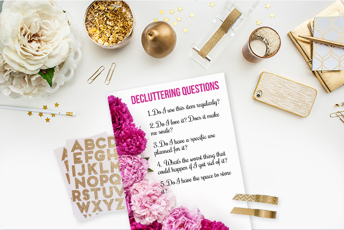 Free Printable to help you ask the right quetions when decluttering
