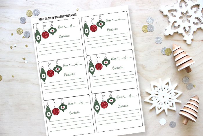 Free printable Christmas decor storage labels - perfect to for organizing your holiday decoaration!