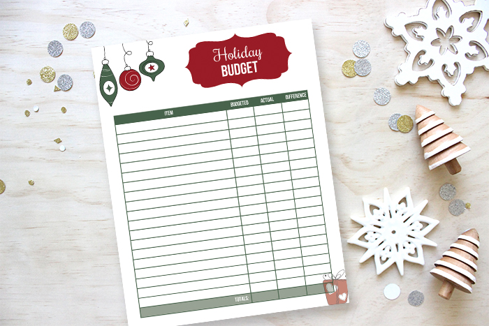 Free printable holiday budget tracker - and budget Christmas ideas.