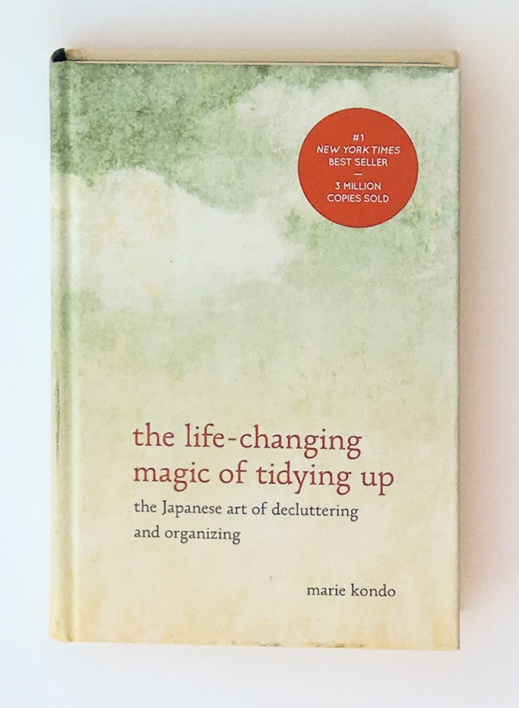 Why I don't agree with the Life Changing Magic of Tidying Up by Marie Kondo. It's seems like this book and the KonMari method of organizing is being talked about everywhere these days! While I did glean a lot from this book, there were 5 things I just couldn't get on board with.