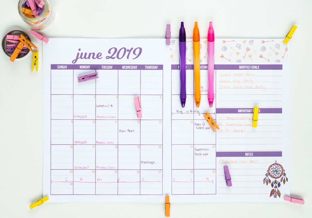 "Free printable planner to help you mean plan and grocery shop in one! And bonus: this will help avoid all those ""what's for dinner?"" questions if you keep it visible for your family."