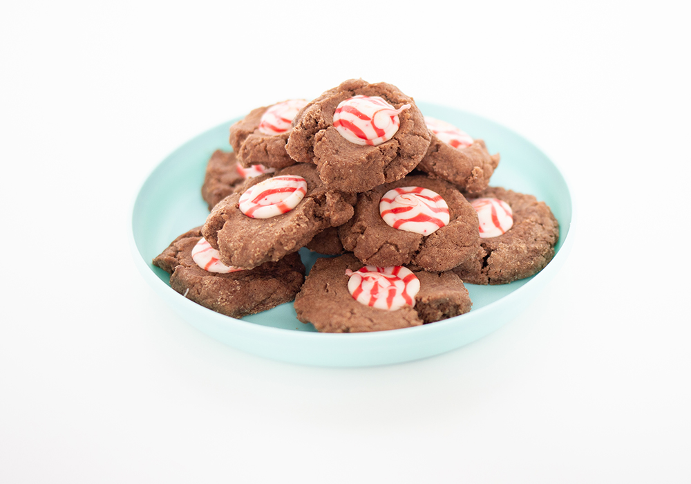 What's better than a peppermint and chocolate Christmas cookie? Learn how to make this tasty treat this holiday season!