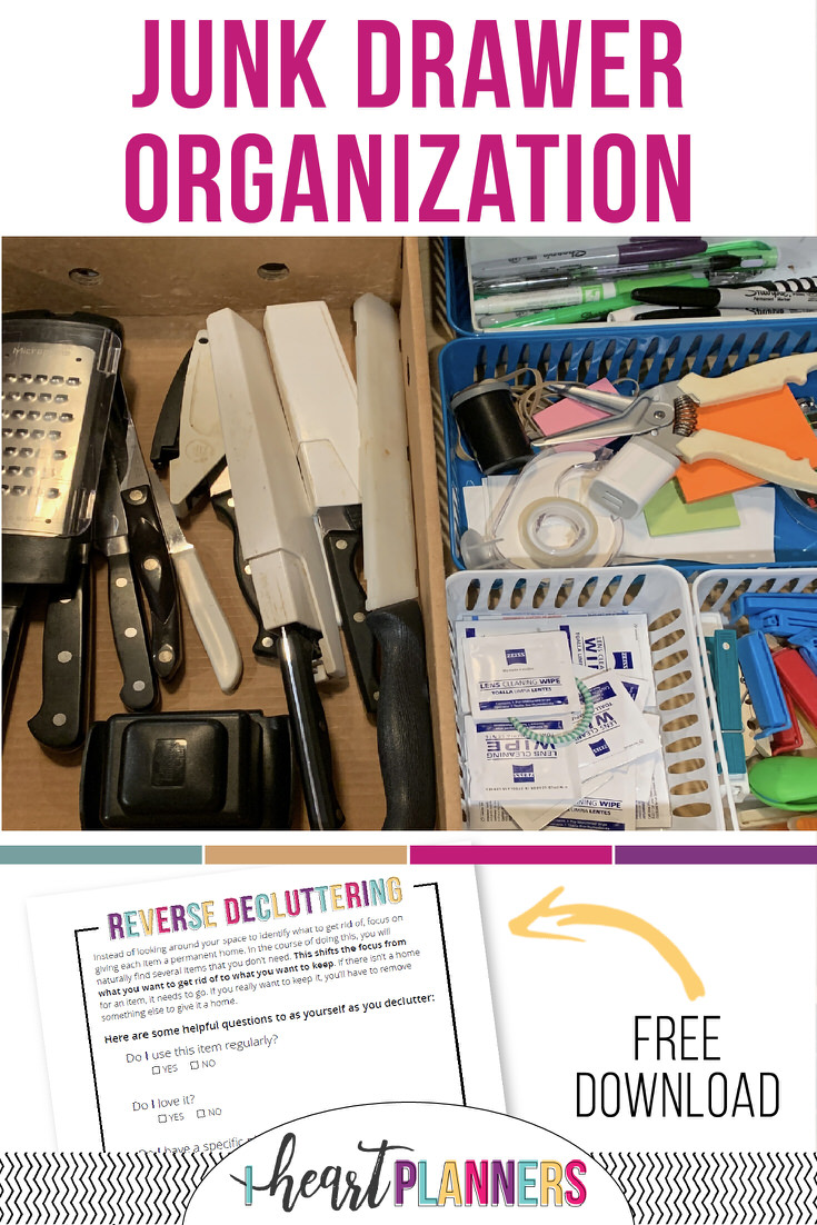 Anyone else dread junk drawer organization? It seems like the kitchen junk drawer just seems to breed more and more stuff. Here's our easy solution to tackling that mess. Plus it doesn't need to cost a fortune -we organized a kitchen junk drawer using all dollar tree organizing products.
